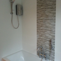 Shower/Bath with feature tiles